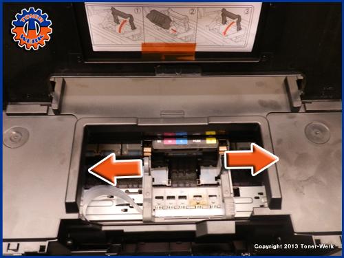 Drucker Papier im Drucker Inneren